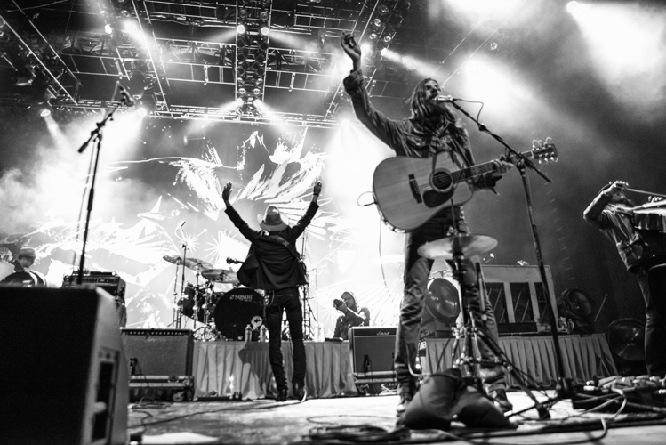 Avett Brothers at America's Cup Pavillion shot by Jason Miller @Jasonmillerca-9