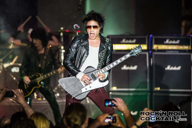 Michael Grant Shredding on the Monsters of Rock Cruise